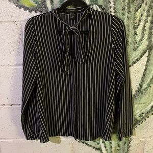 FOREVER21 Blouse size M